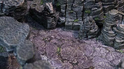 Mountain floor terrain art without one-inch grid